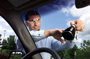 Lake Lure auto glass repair tech
